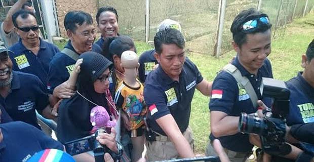 Anwar Dan Istri Mempereagakan 36 Adegan Pada Rekonstruksinya