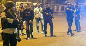 Dalam Aksi Teror di Kampung Melayu 5 Orang Tewas 3 Diantaranya Polisi dan 2 Pelaku Teror