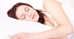 5 Makanan Berikut Ini Akan Membantu Tidurmu Lebih Nyenyak