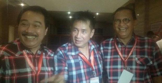 Dukung Ahok Di Debat Cagub DKI Jakarta Roy Marten Hadir Dengan Kemeja Kotak-Kotak
